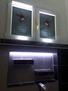 Műanyag ablak kolibri mintával